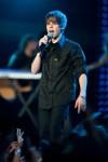 Justin+Bieber+Performing+Pepsi+Fan+Jam+Miami+vHGHxWH-55kl